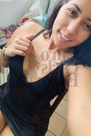 Nelli outcall escort in Baldwin Park