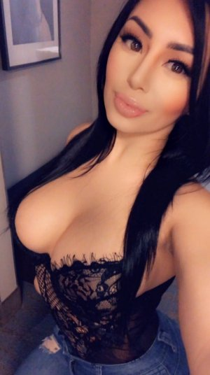 Anne-louise escort