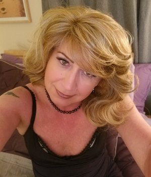Sheryline independent escort in Levittown PA