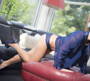Marja escorts in Burlington